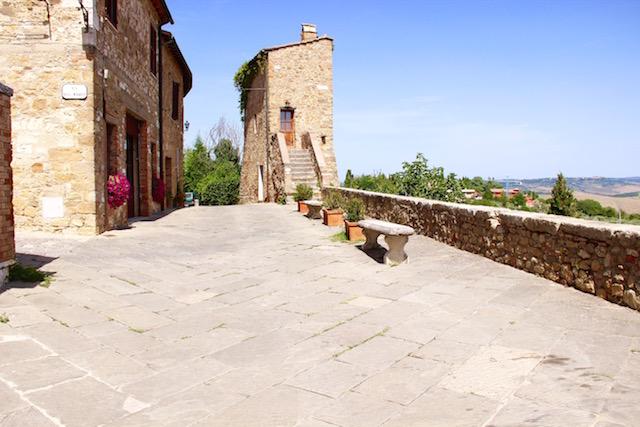 Сан Куирико ди Орча, San Quirico d'Orcia, Тоскана, Toscana, Tuscani, путешествие по Тоскане