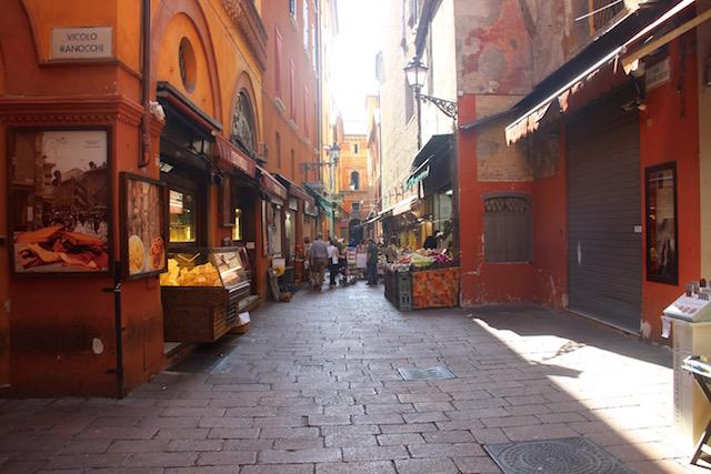 Фото центрального рынка в Болонье