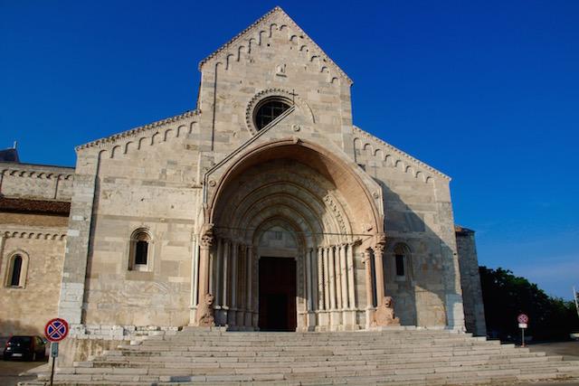 Кафедральный Собор Святого Чириако в Анконе, регион Марке, Италия