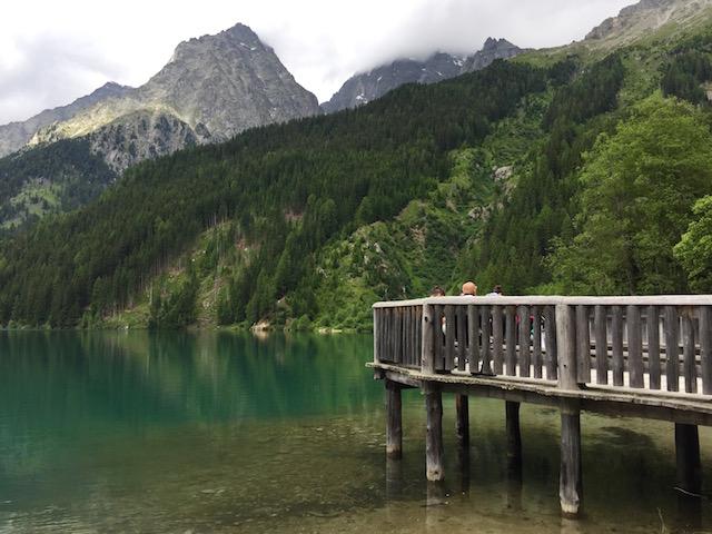 Озеро Антерсельва. Вид на водную гладь
