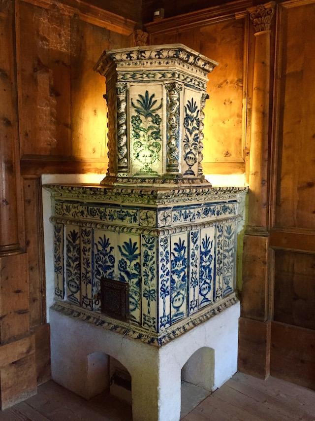 Печь в замке Турес, Южный Тироль, Италия