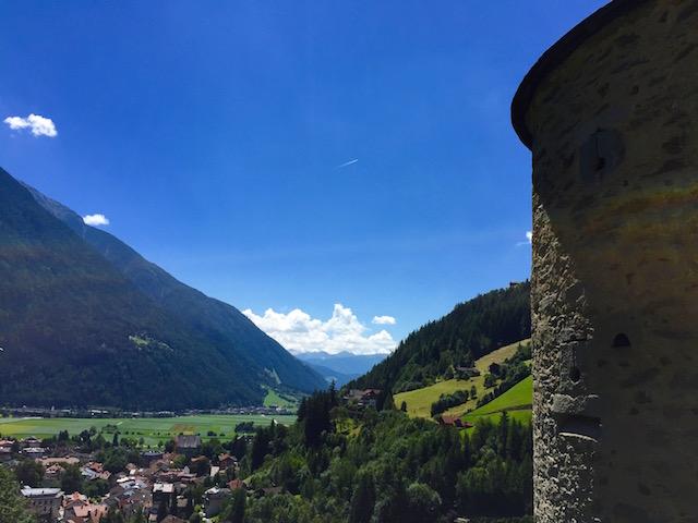 Замок Турес, Южный Тироль, Италия
