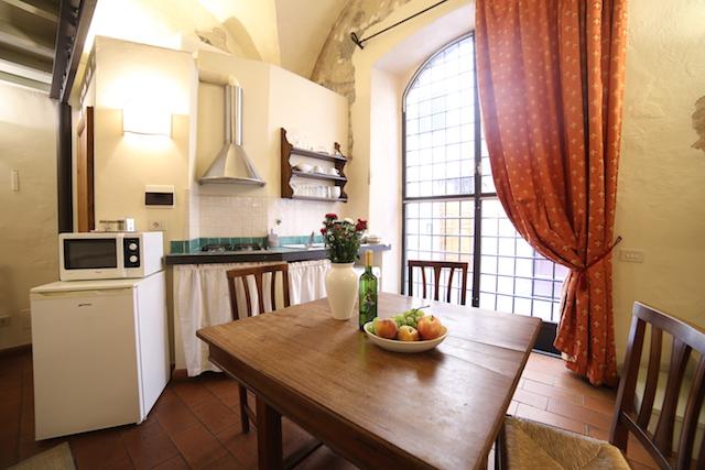 на фото кухня апартаментов Бьянка Капелло во Флоренции