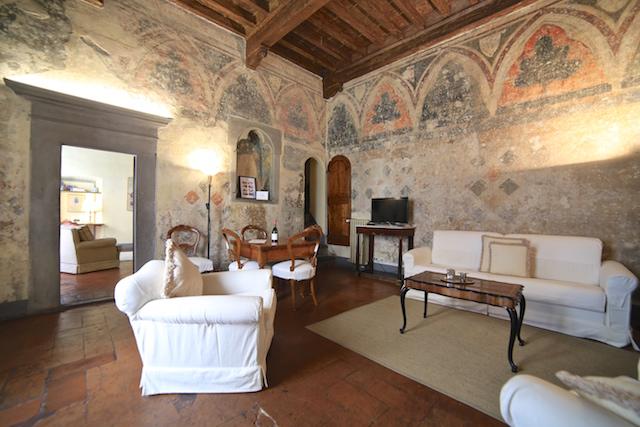 на фото гостиная апартаментов Клариче во Флоренции