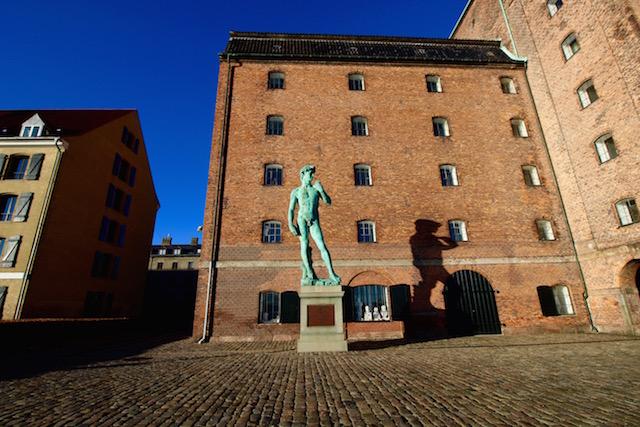 "Статуя ""Давида"" Микеланджело в Копенгагене"