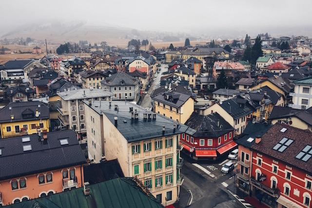 Вид на город Азиаго с башни