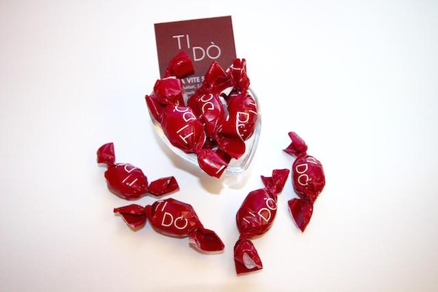 sulla foto ci sono le caramelle di Verona Ti Do