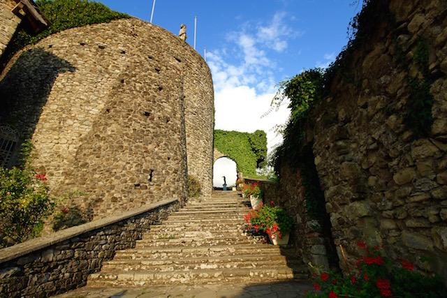 Замок Компьяно