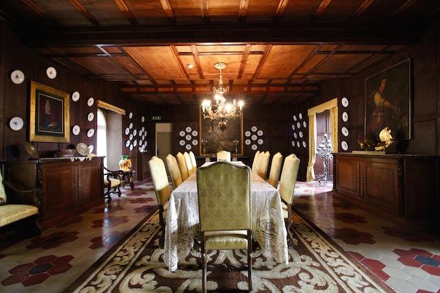 Столовая в апартаментах маркизы Лины Раймонди Гамбаротта