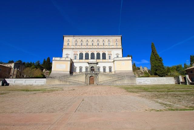 Палаццо Фарнезе в Капрарола