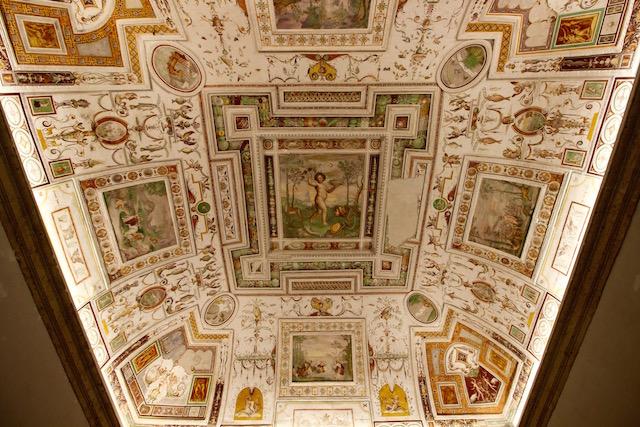 Фрески в палаццо Фарнезе