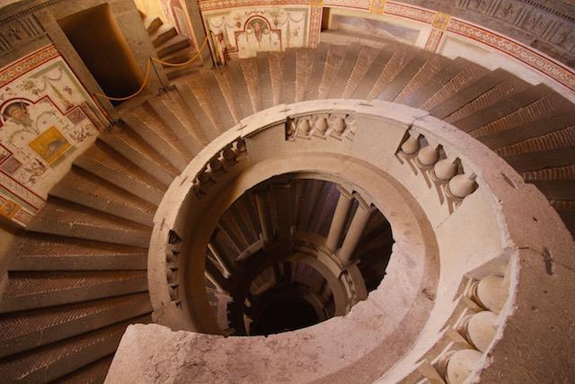 Лестница в палаццо Фарнезе