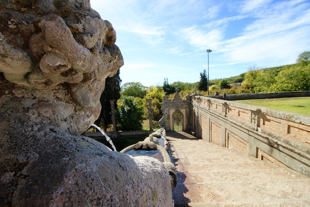 Парк в Палаццо Фарнезе в Капрарола