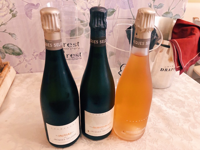 Шампанское в центре Вероны. Brest Oyster bar
