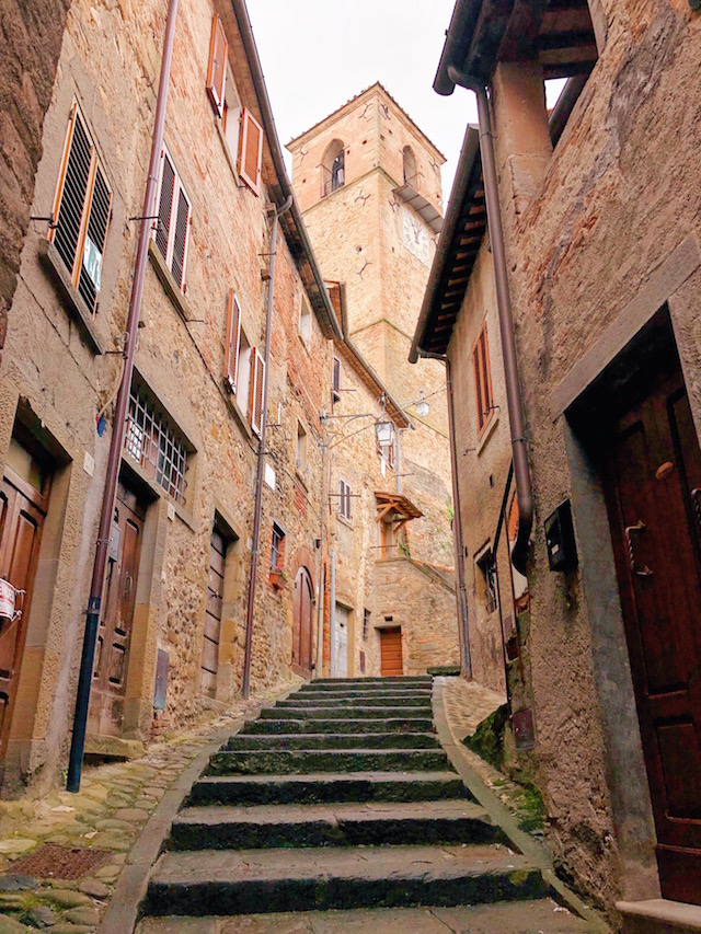 Блог о путешествиях по Италии Милы Пальяреччи Что посмотреть в Тоскане: средневековый Ангьяри Что посмотреть в Тоскане: средневековый Ангьяри chto posmotret v toscane