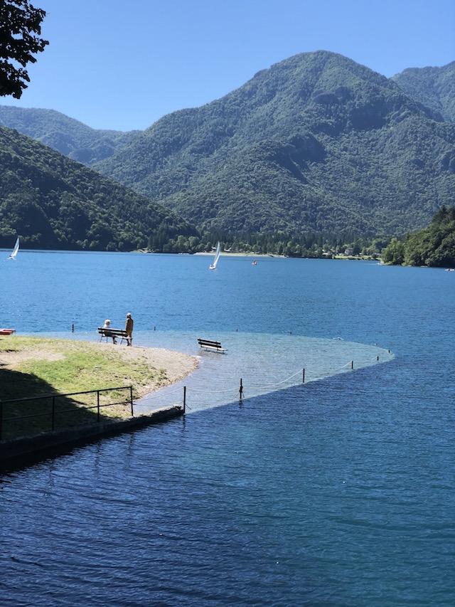 Озеро Ледро | Блог о путешествиях по Италии Милы Пальяреччи Что посмотреть рядом с Рива дель Гарда: озеро Ледро Что посмотреть рядом с Рива дель Гарда: озеро Ледро ozero ledro garda