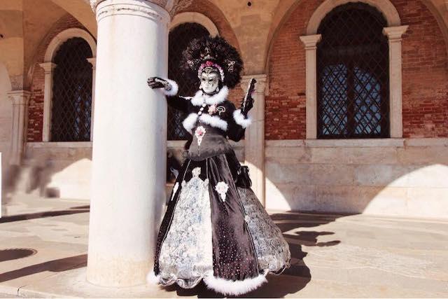 список карнавалов в Италии