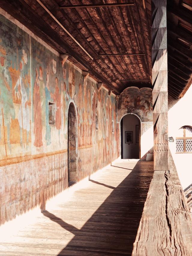 Фрески замка Ронколо