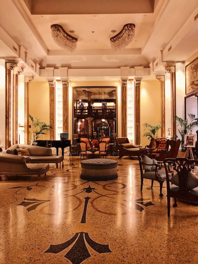 Отель в Генуе Grand Hotel Savoia