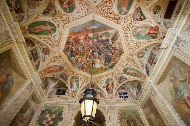 Палаццо Ролли в Генуе
