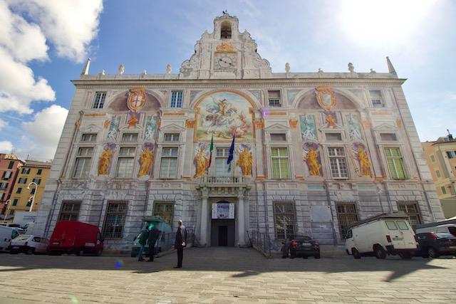 Палаццо Сан Джорджо в Генуе