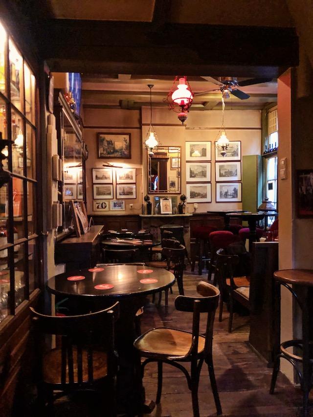 дегустация джина в Амстердаме рестораны амстердама Рестораны в  Амстердаме.Где поесть вкусно и недорого? amsterdam bari