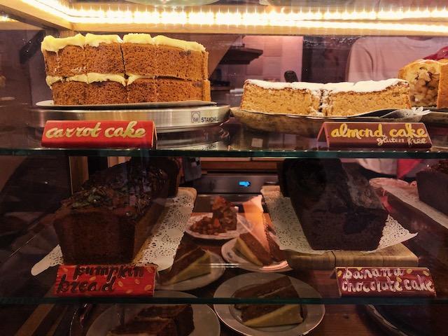 Кофейня в районе Красных фонарей в Амстердаме рестораны амстердама Рестораны в  Амстердаме.Где поесть вкусно и недорого? lucsie kofeini amsterdama