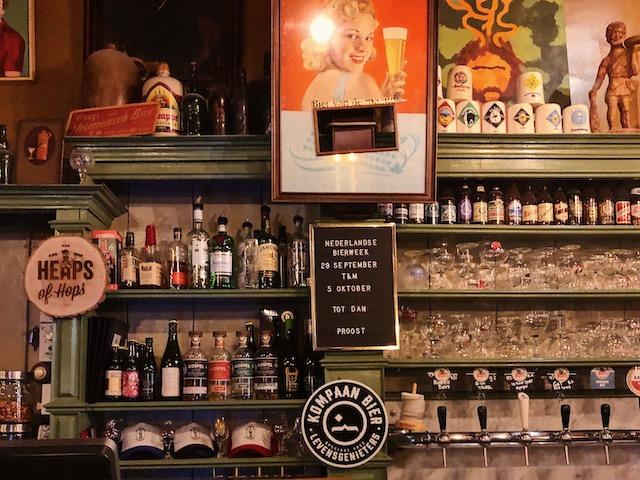 пивной паб в центре Амстердама рестораны амстердама Рестораны в  Амстердаме.Где поесть вкусно и недорого? pivo v amsterdame in de wildeman