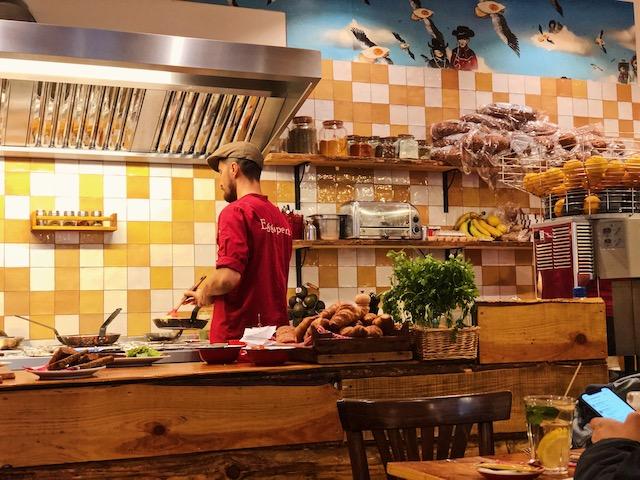 место, для отличного завтрака в Амстердаме рестораны амстердама Рестораны в  Амстердаме.Где поесть вкусно и недорого? poest v zentre amsterdama