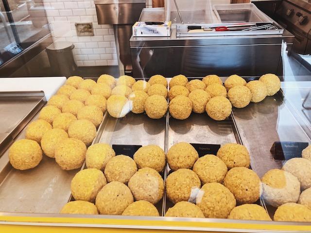 Аранчини рисовые шарики в Палермо