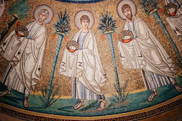 Мозаики в одном из храмов Равенны
