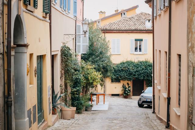 Центр города Сантарканжело в Италии