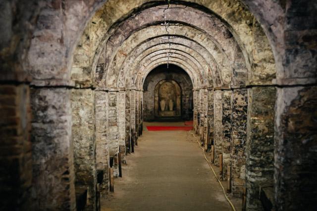 Подземный город в Сантарканджело ди Романья в Италии