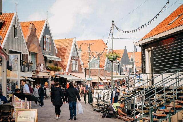 volendam_amsterdam