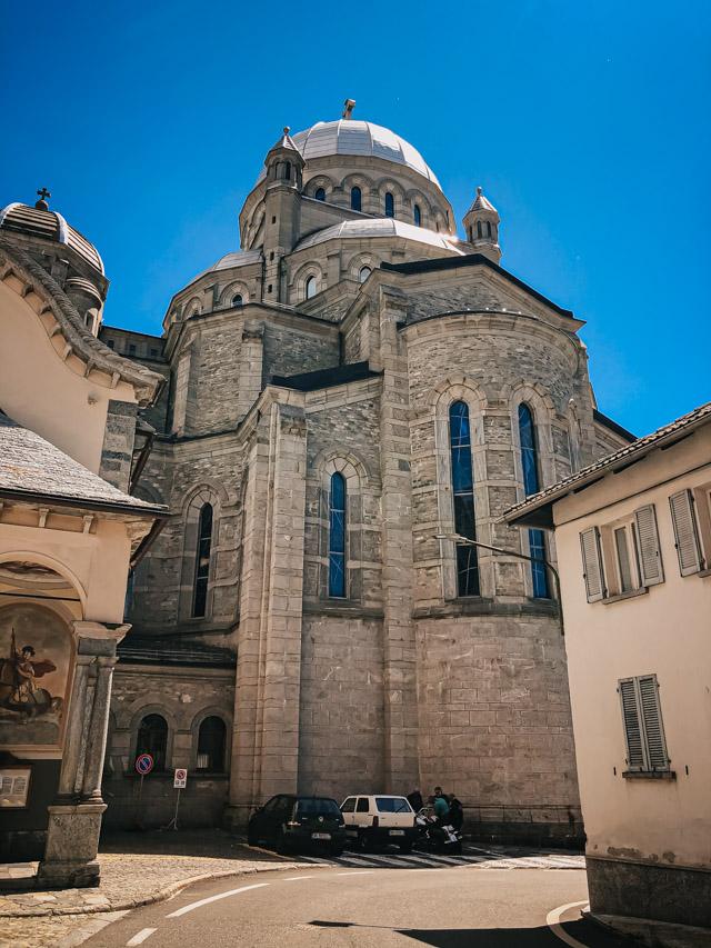 святилище в городе Ре на севере Италии в долине Виджеццо