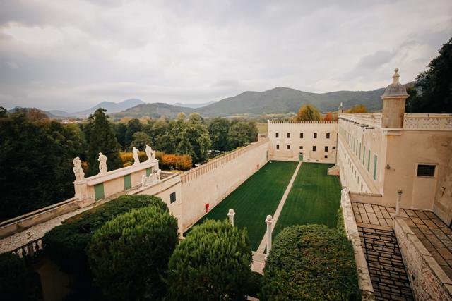 Замок Катайо в Италии рядом с городом Падуя