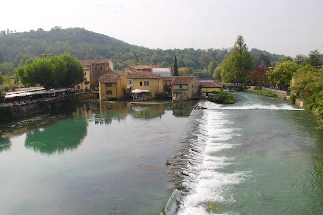 Боргетто-суль-Минчо или путешествие в деревню мельниц