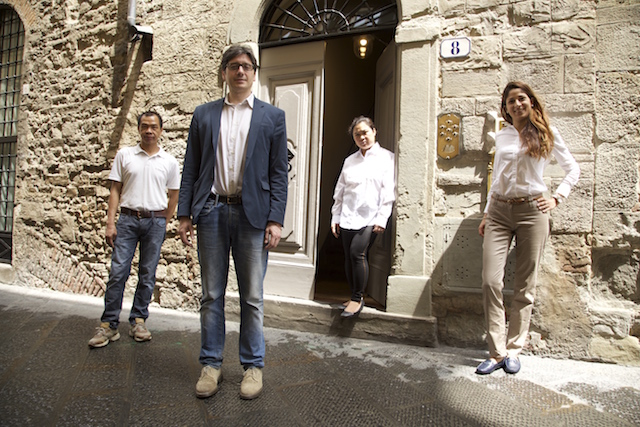 на фото персонал отеля Palazzo Belfiore
