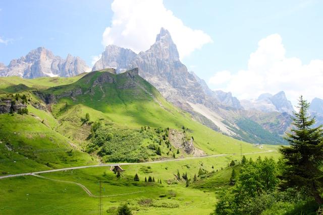 Горы Пале ди Сан Мартино в Италии