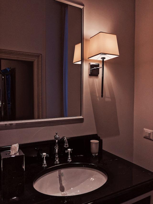 Ванная комната в апартаментах в Вероне Где остановиться в Вероне. butterfly boutique rooms Где остановиться в Вероне. Butterfly Boutique Rooms apartamenti verona sniyat