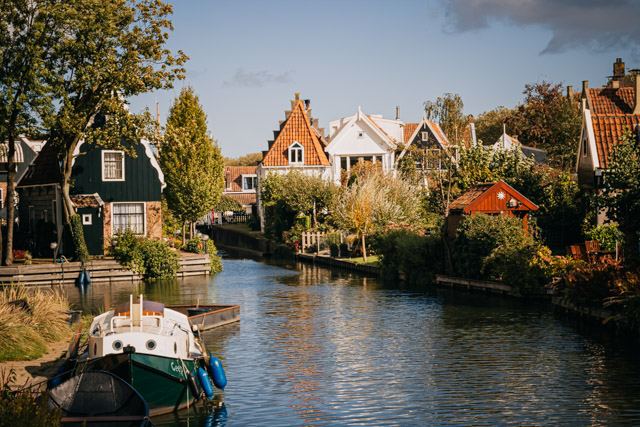 город сыра Эдам в Нидерландах