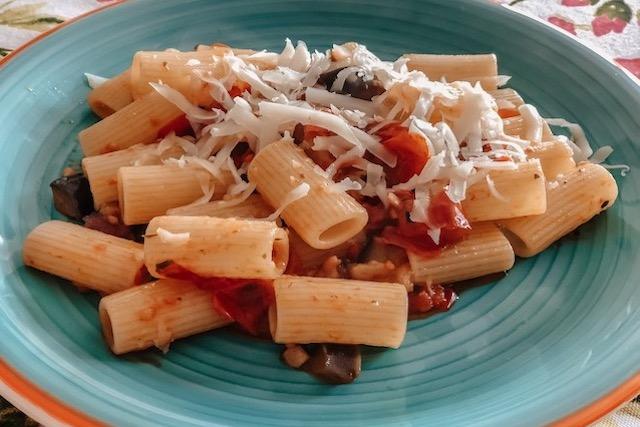 Рецепт итальянской пасты с баклажанами алла Норма